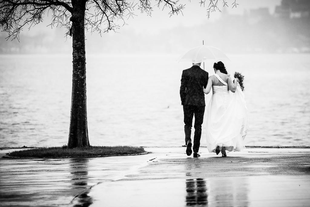 photographe de mariage pluvieux