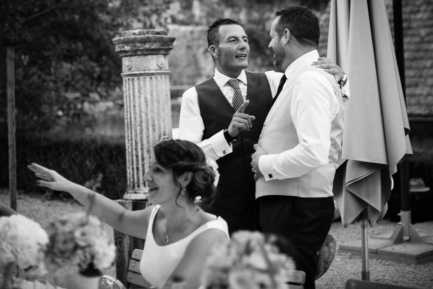 photo spontanée de mariage