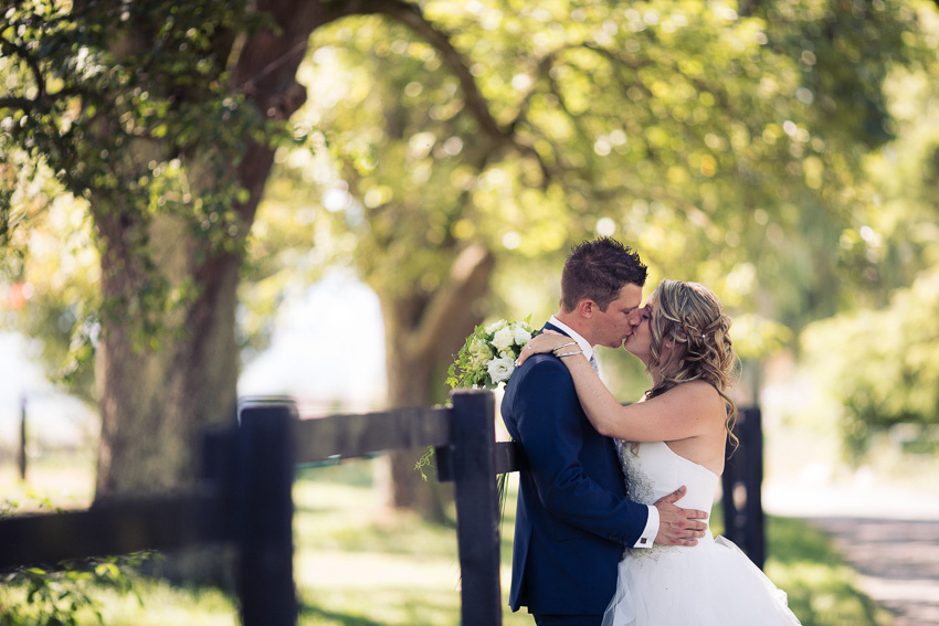 Cérémonie de mariage en extérieur à l'abbaye de Bevaix