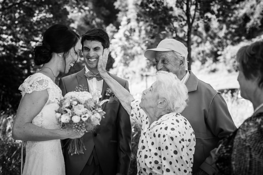 Les Mariés et les Grand-Parents