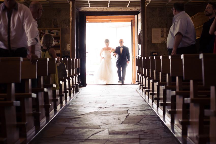 Entrée de la Mariée dans l'église de Matran