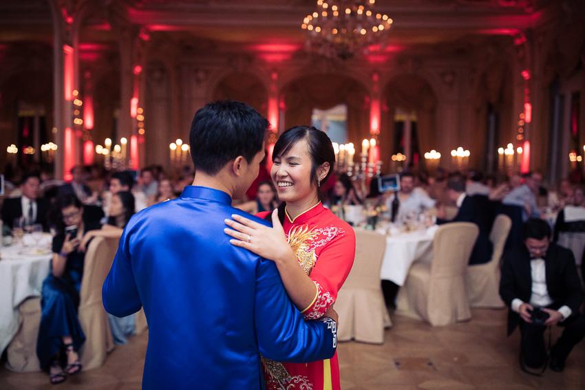 Ouverture du bal au Grand Hotel Suisse Majestic