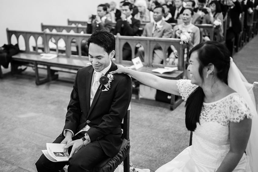 Un jeune marié ému